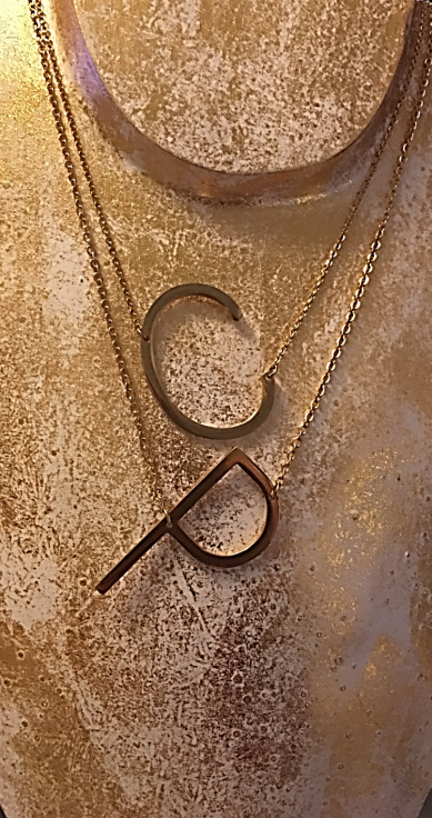 initial necklace2 edit